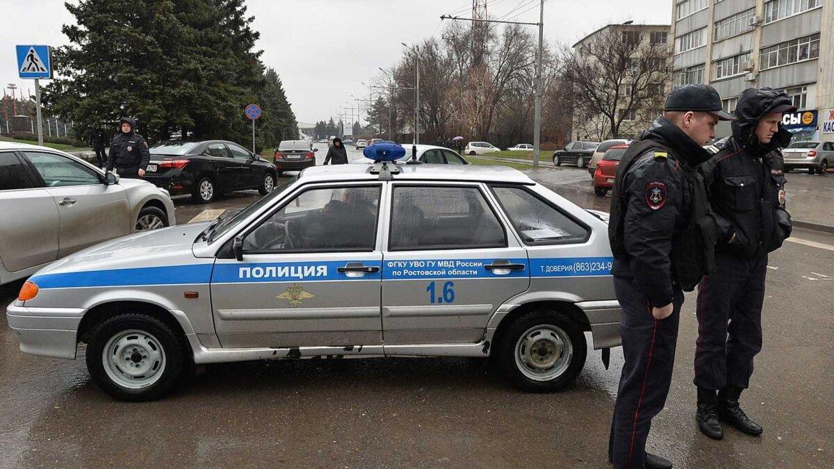 Автомобиль полиция МВД улица