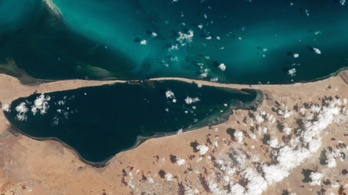 Bahiret el Bibane Lagoon снимок из космоса
