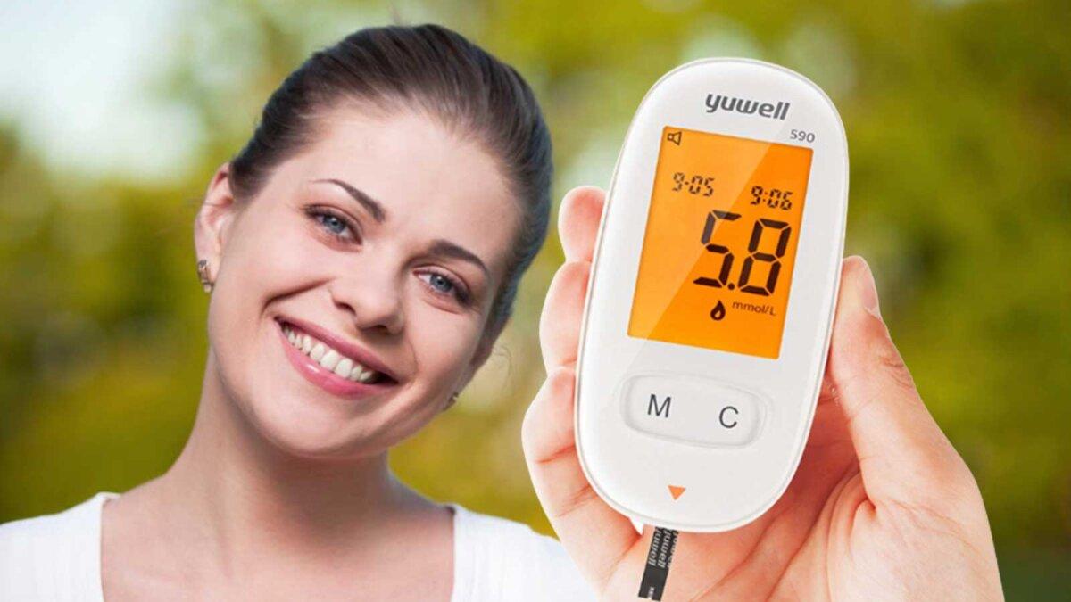Девушка улыбка зубы глюкометр тест диабет