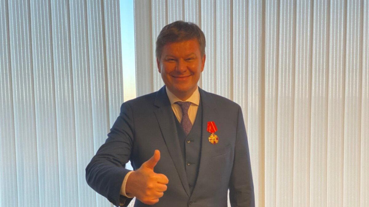 Дмитрию Губерниеву вручили орден Александра Невского