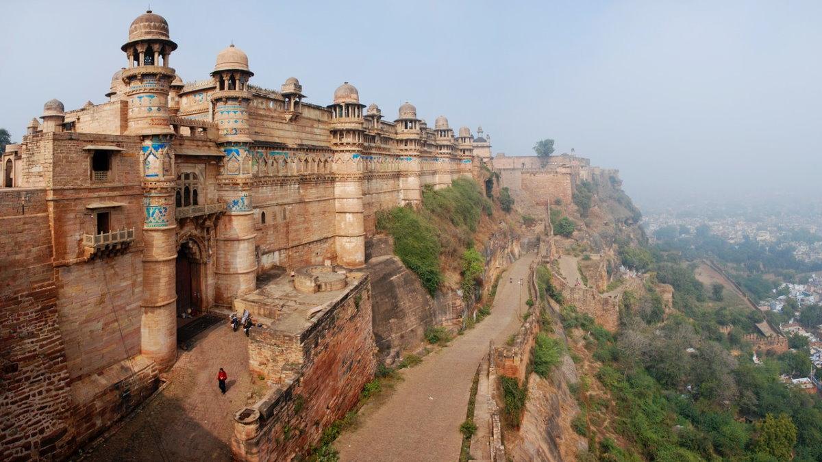 Город-крепость Гвалиор Индия туризм
