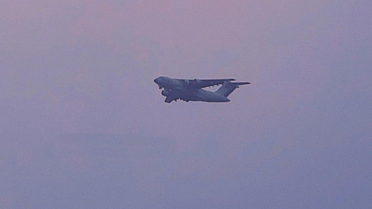 Китайский тяжёлый военно-транспортный самолёт Y-20 с двигателями WS-20