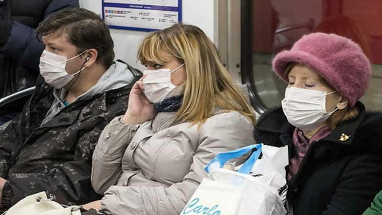 Люди маски метро