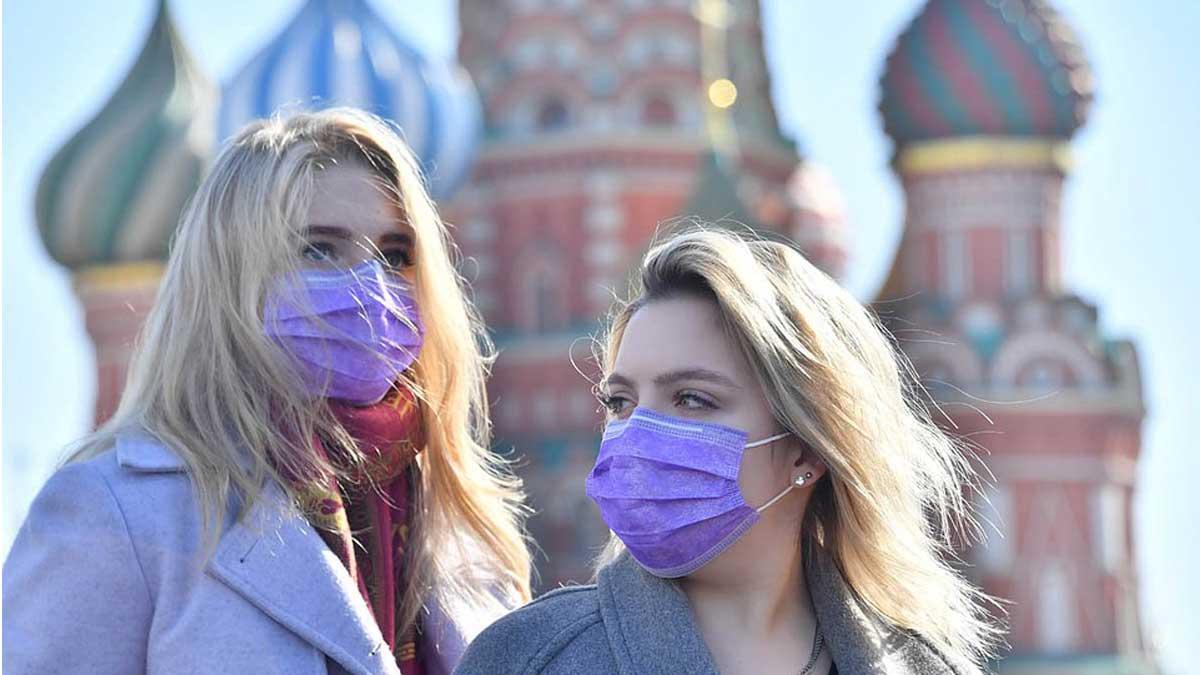 Москва девушки в масках