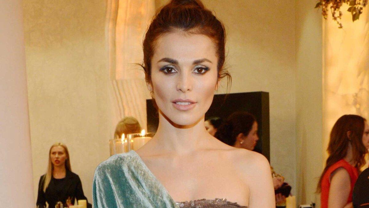 Сати Казанова российская певица и актриса, модель, телеведущая