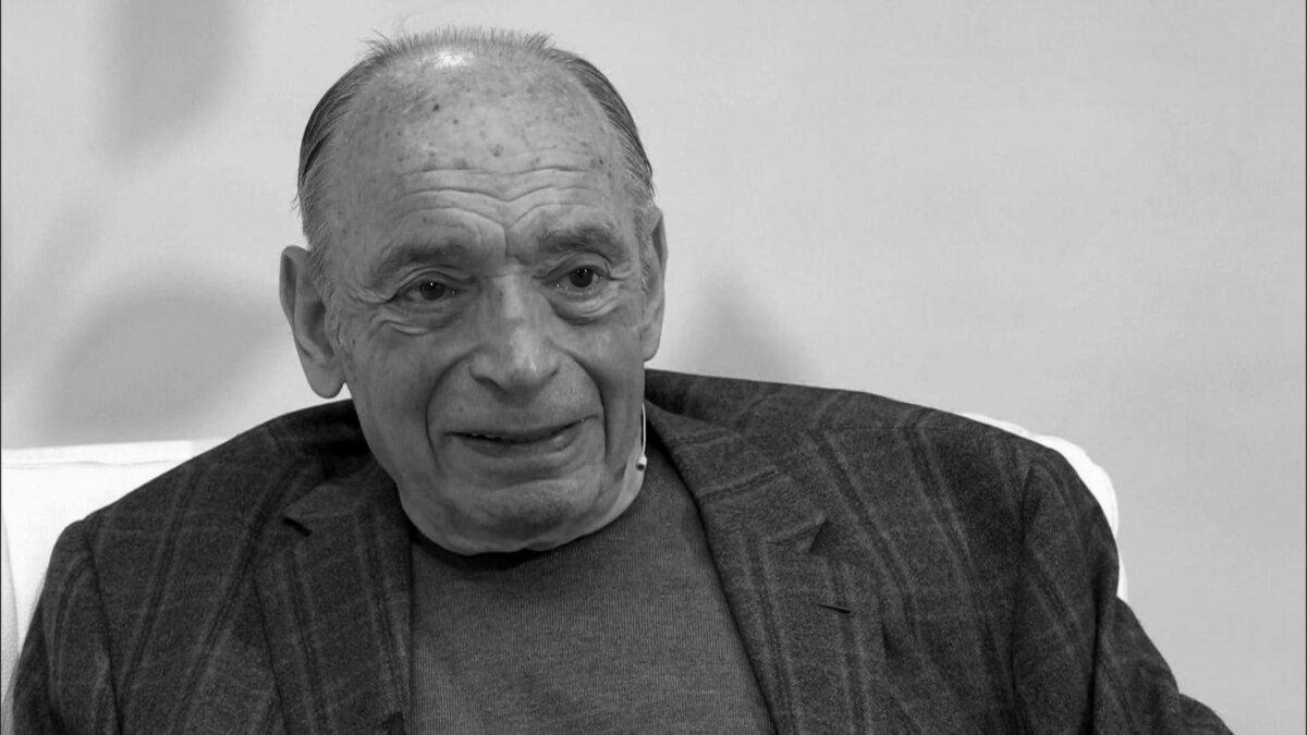 12 декабря 2020 года умер Валентин Гафт