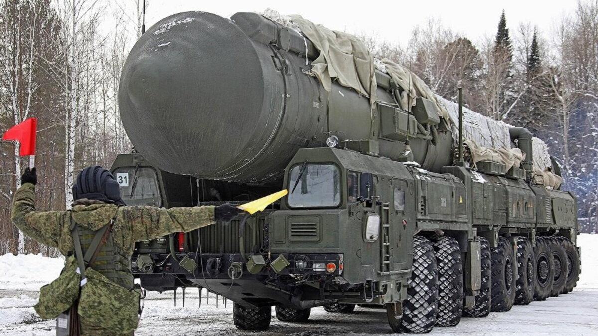 Подвижный грунтовый ракетный комплекс ПГРК РС-24 ЯРС один