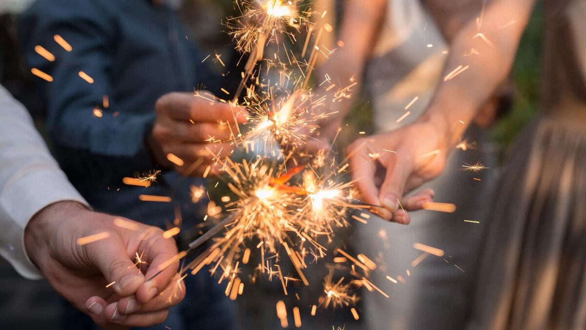 бенгальские огни огонь праздник новый год