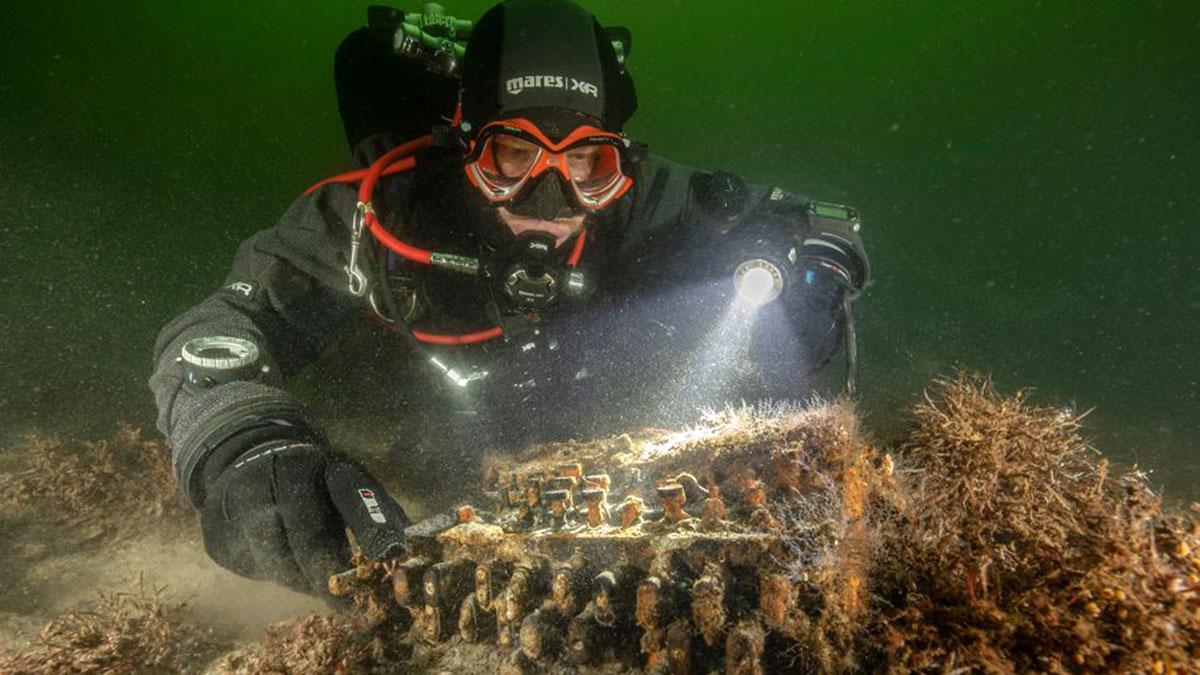 энигма дайвер археология подводник находка