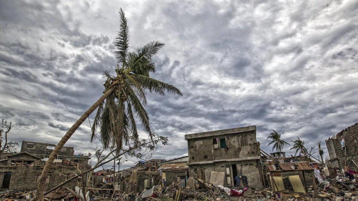 стихийное бедствие ураган последствия