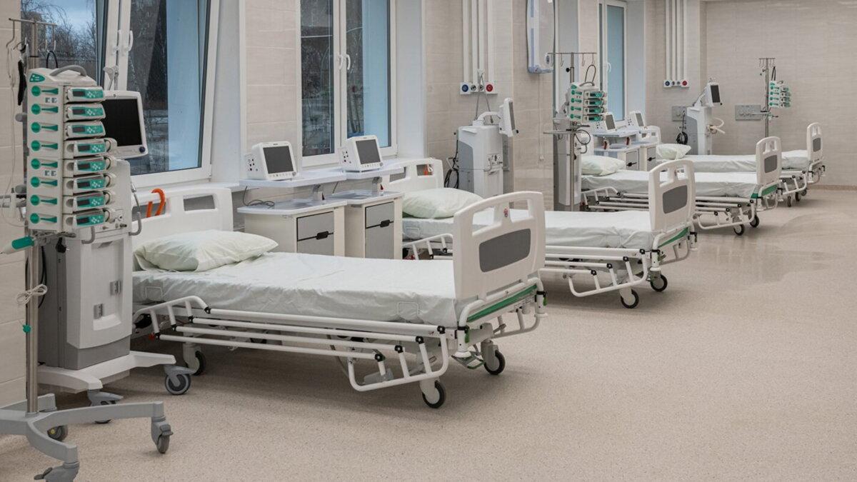 Коронавирус Больница койки медицинское оборудование аппараты ИВЛ пять