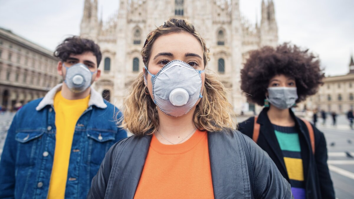 За последние шесть недель уровень смертности от коронавируса в мире увеличился на 60%, а в Европе и вовсе — почти на 100%, заявили в ВОЗ
