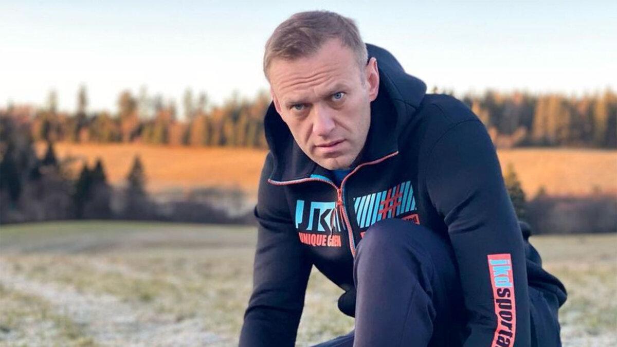 Алексей навальный в спортивном костюме