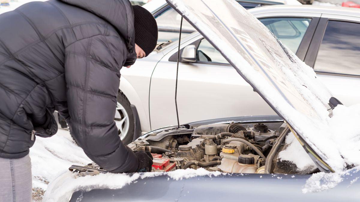 запуск двигателя автомобиля зимой мороз поломка