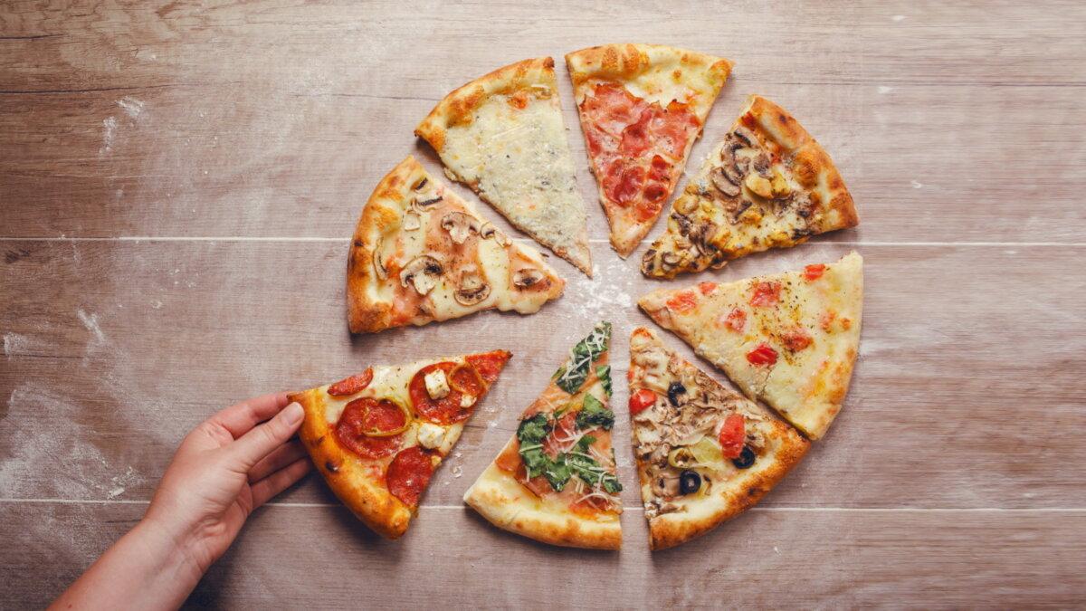 Пицца с разной начинкой ломтики