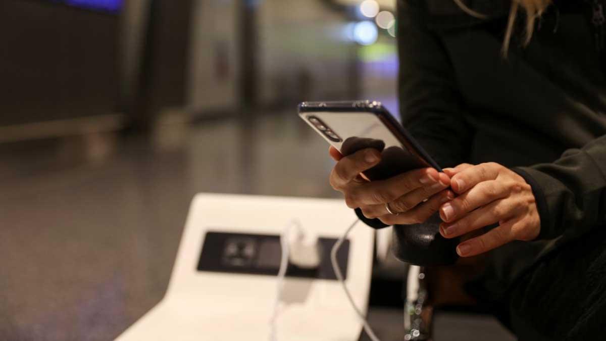 зарядка мобильный телефон charging your phone