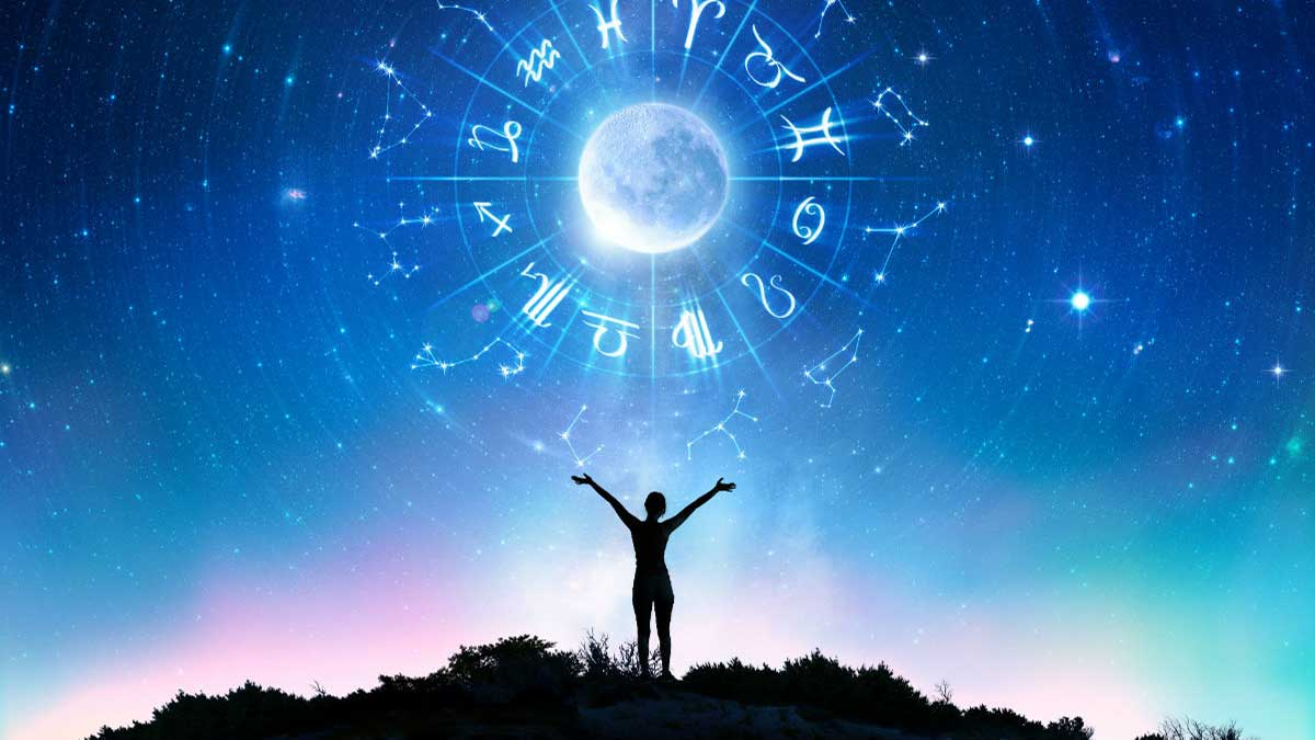 знаки зодиака девушка руки вверх