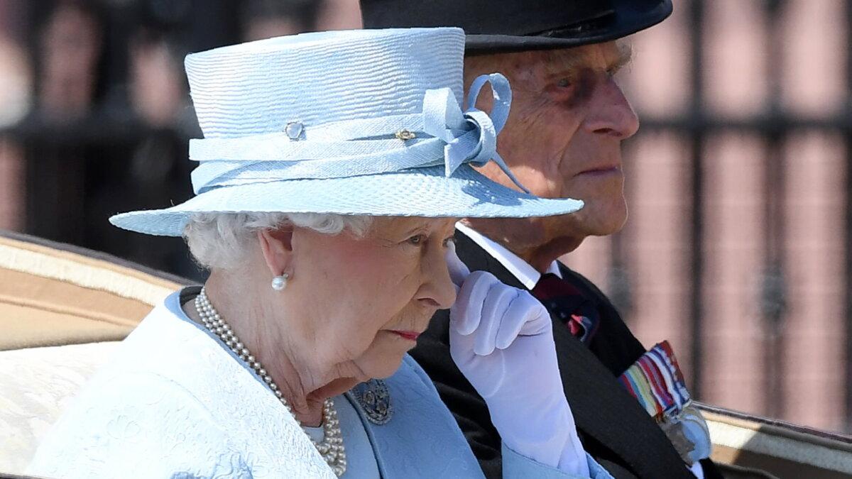 Королева Великобритания Елизавета II и герцог Эдинбургский Филипп