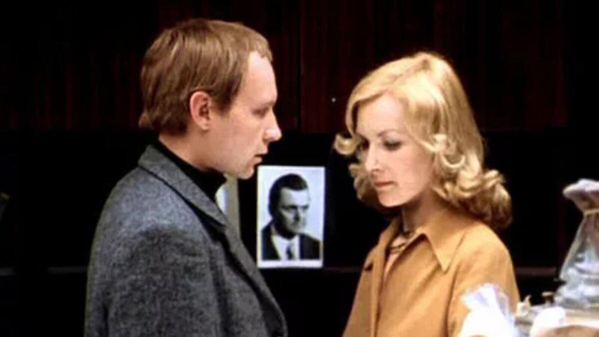 Кадр из фильма Ирония судьбы или С легким паром