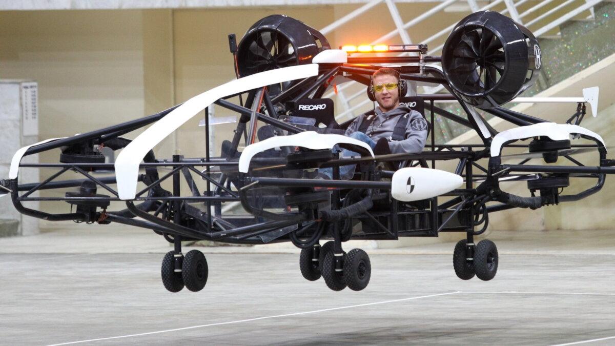 Презентация летающего дрона-такси Ховер