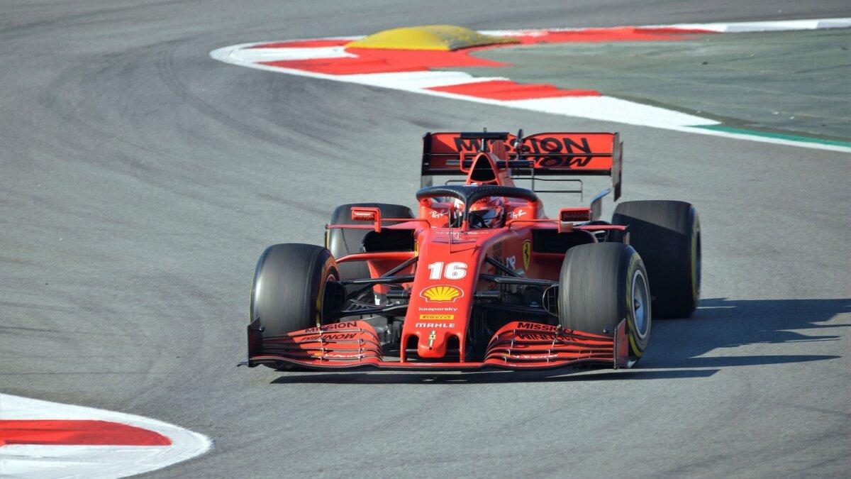 Ferrari болид Формула 1 Шарль Леклер
