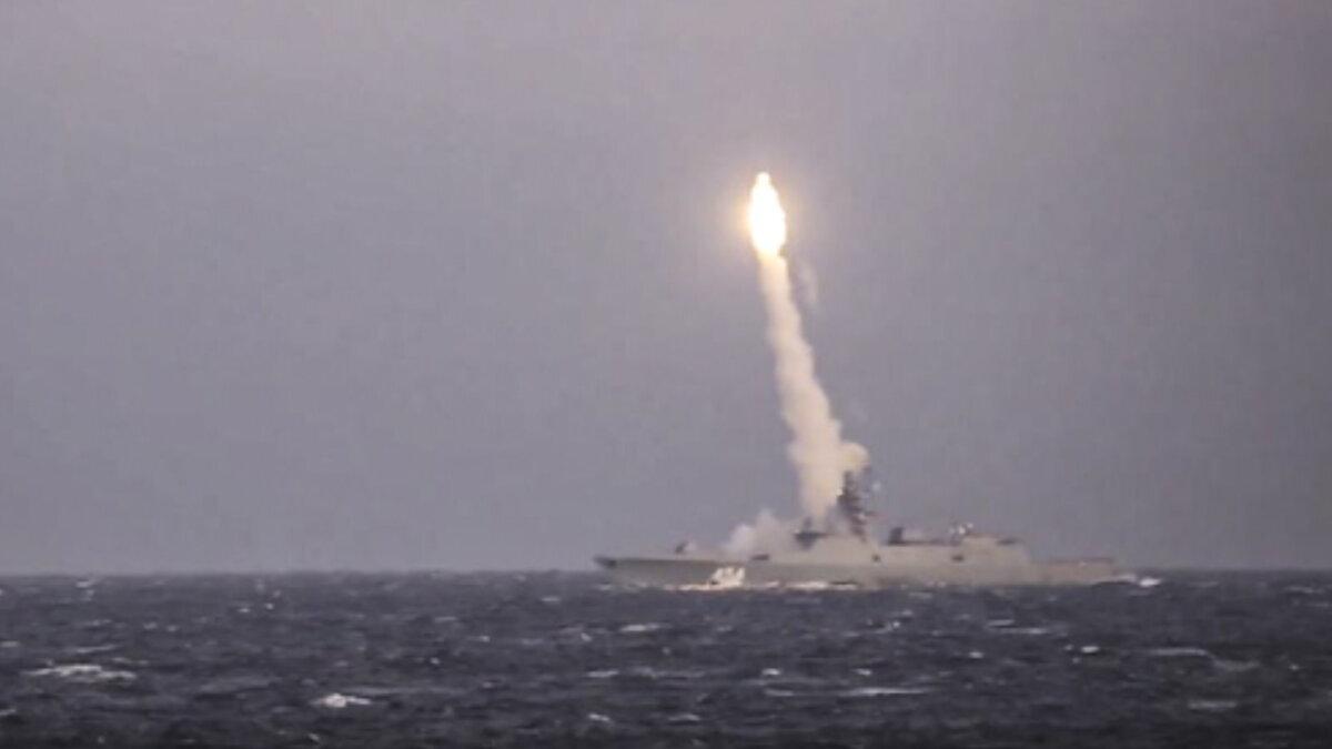 Испытательные стрельбы гиперзвуковой крылатой ракеты Циркон с фрегата Адмирал Флота Советского Союза Горшков