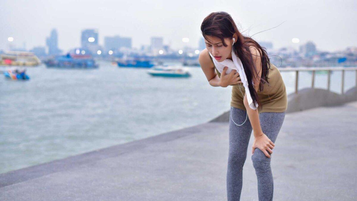 Девушка пробежка усталость