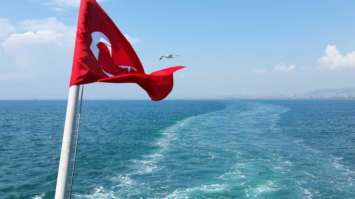 Флаг Турция море чайка The flag scene from Turkey