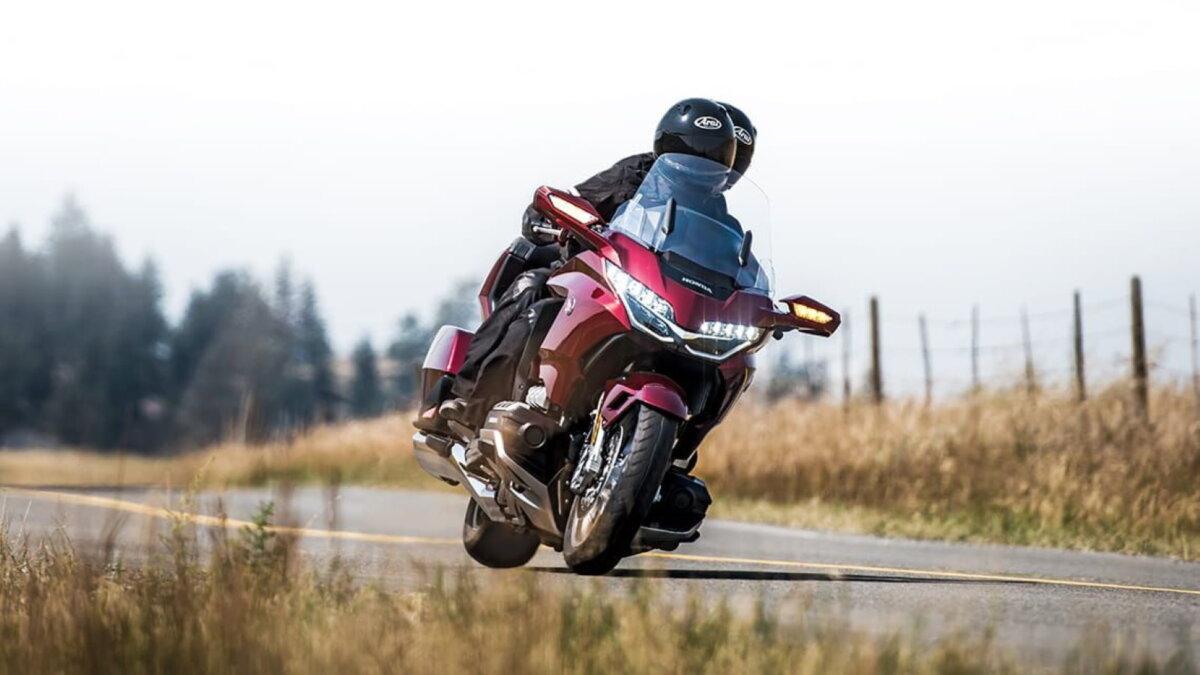 Мотоцикл Honda GL1800