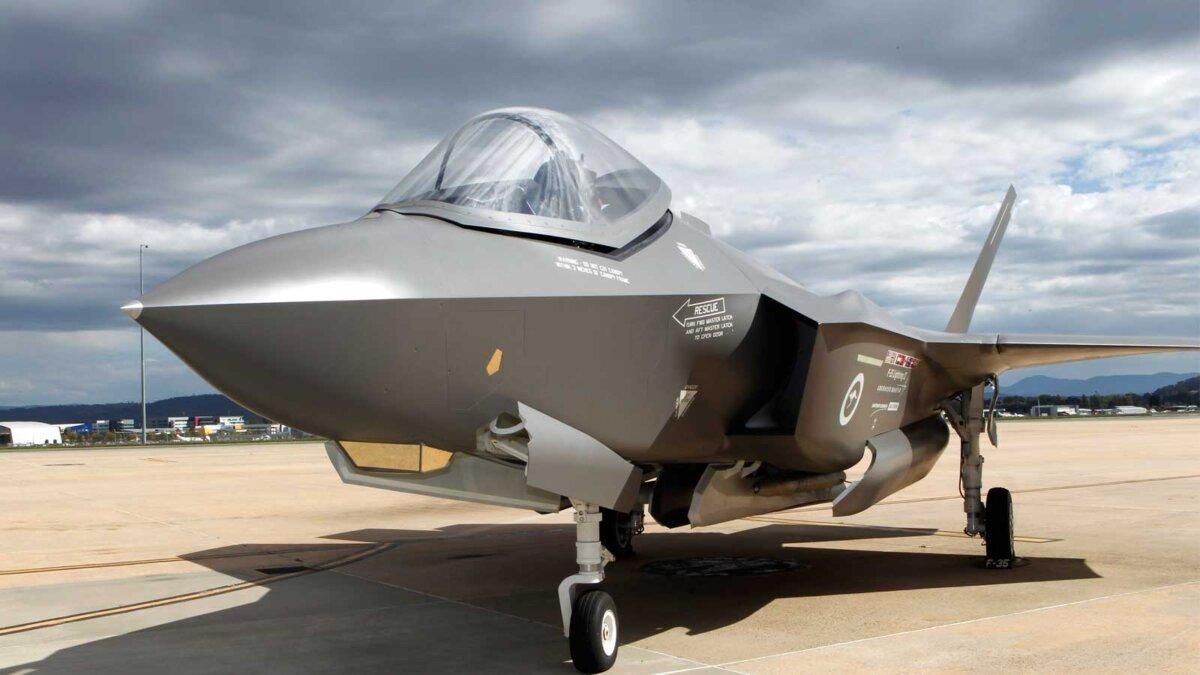 Истребитель США F-35a