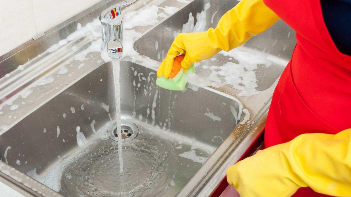 Как мыть кухонную раковину How to wash the kitchen sink