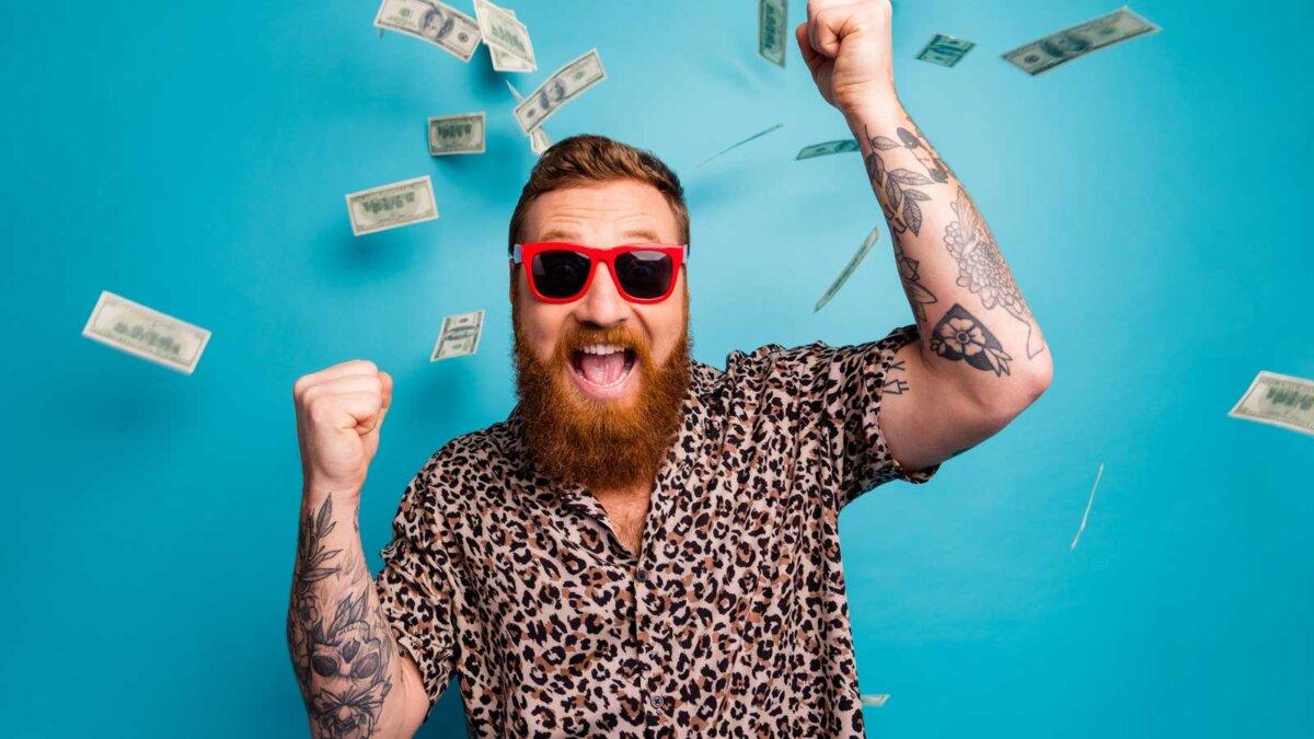Радость мужчина в красных очках доллары Photo of crazy handsome guy luxury rich person dollars