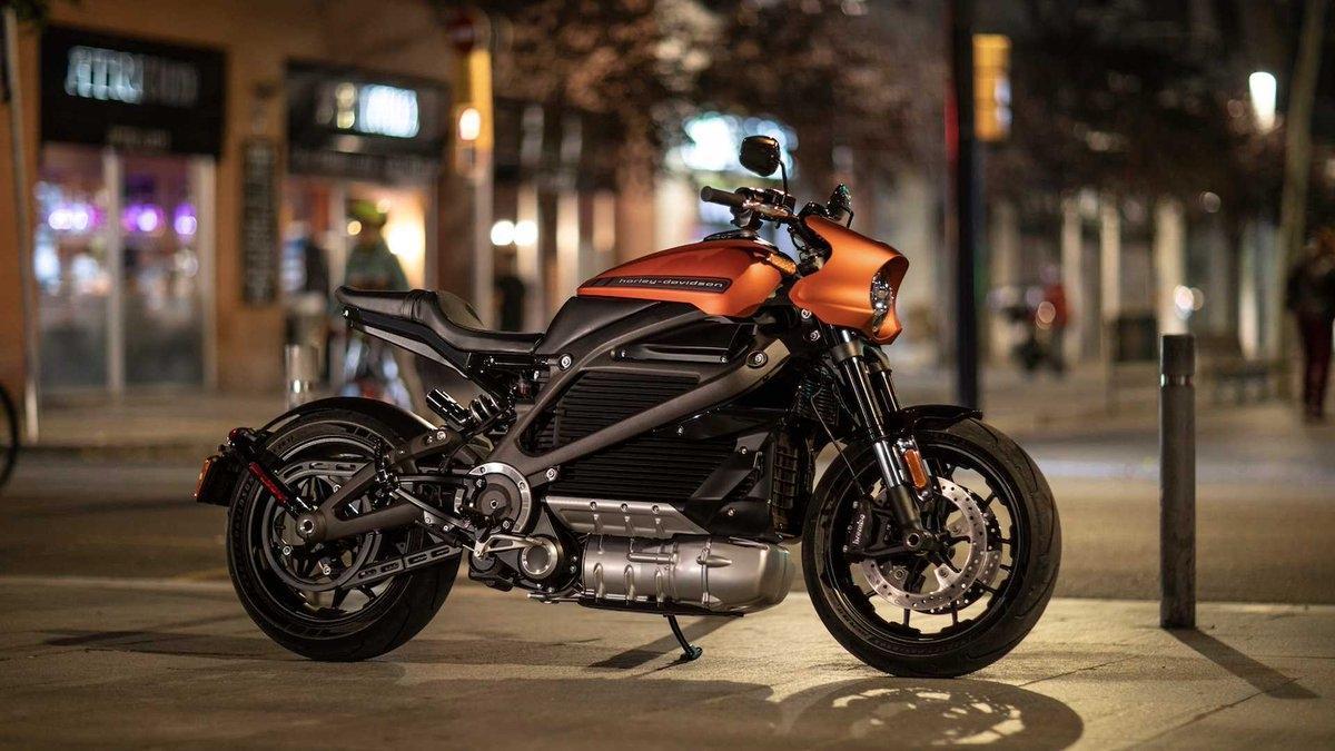 электрический байк Harley-Davidson LiveWire