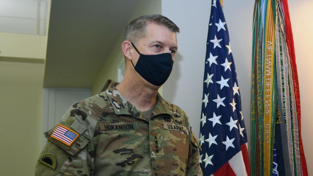 генерал Дэниел Хокансон Daniel R. Hokanson