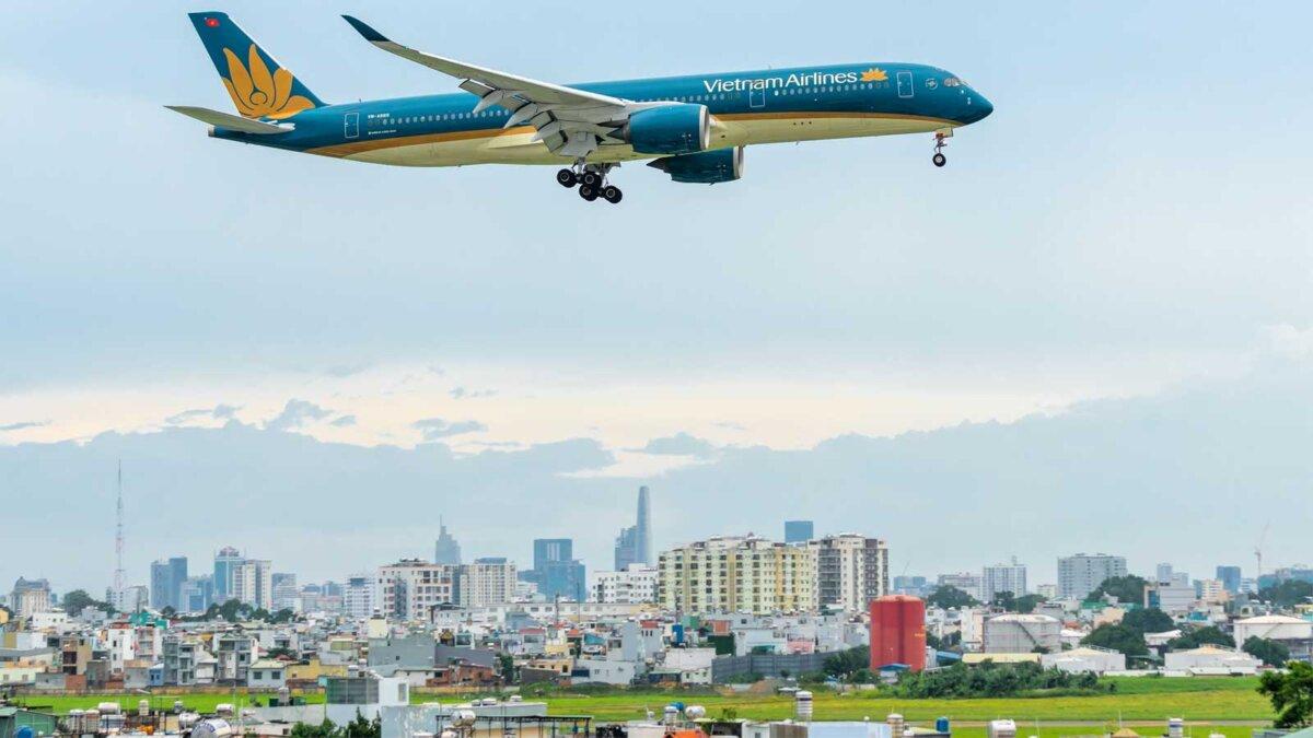 plane vietnam airlines самолет Вьетнам