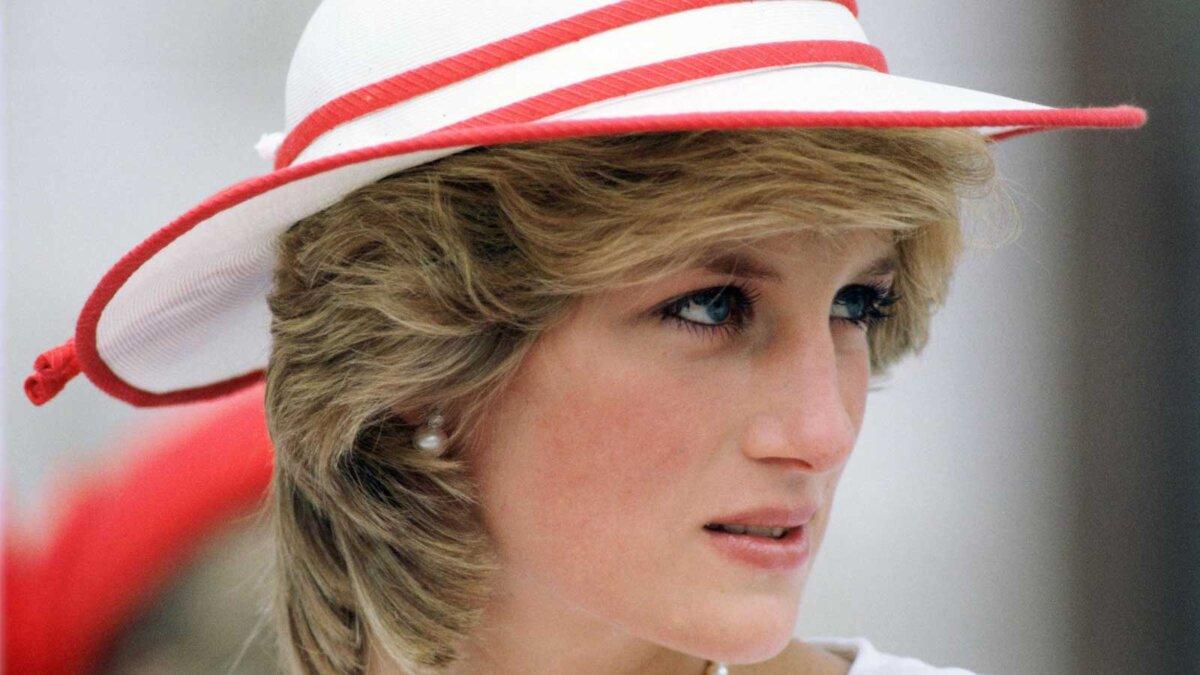 princess diana Принцесса Диана в шляпке