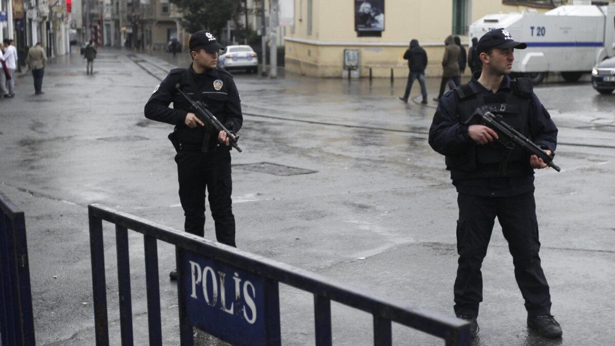 Турция полиция оцепление