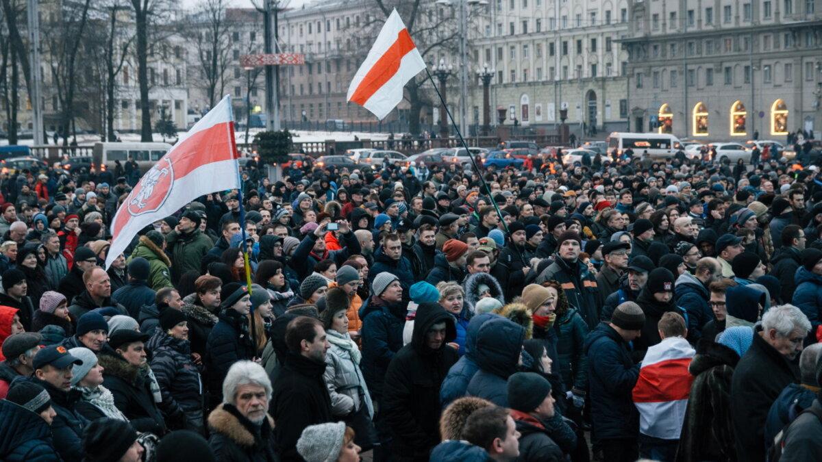 Беларусь Белоруссия Минск протесты протестующие марш пять