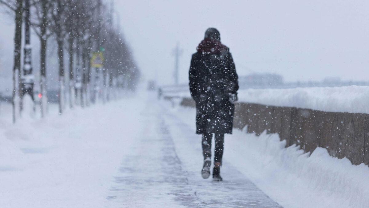 снег мороз зима человек холод