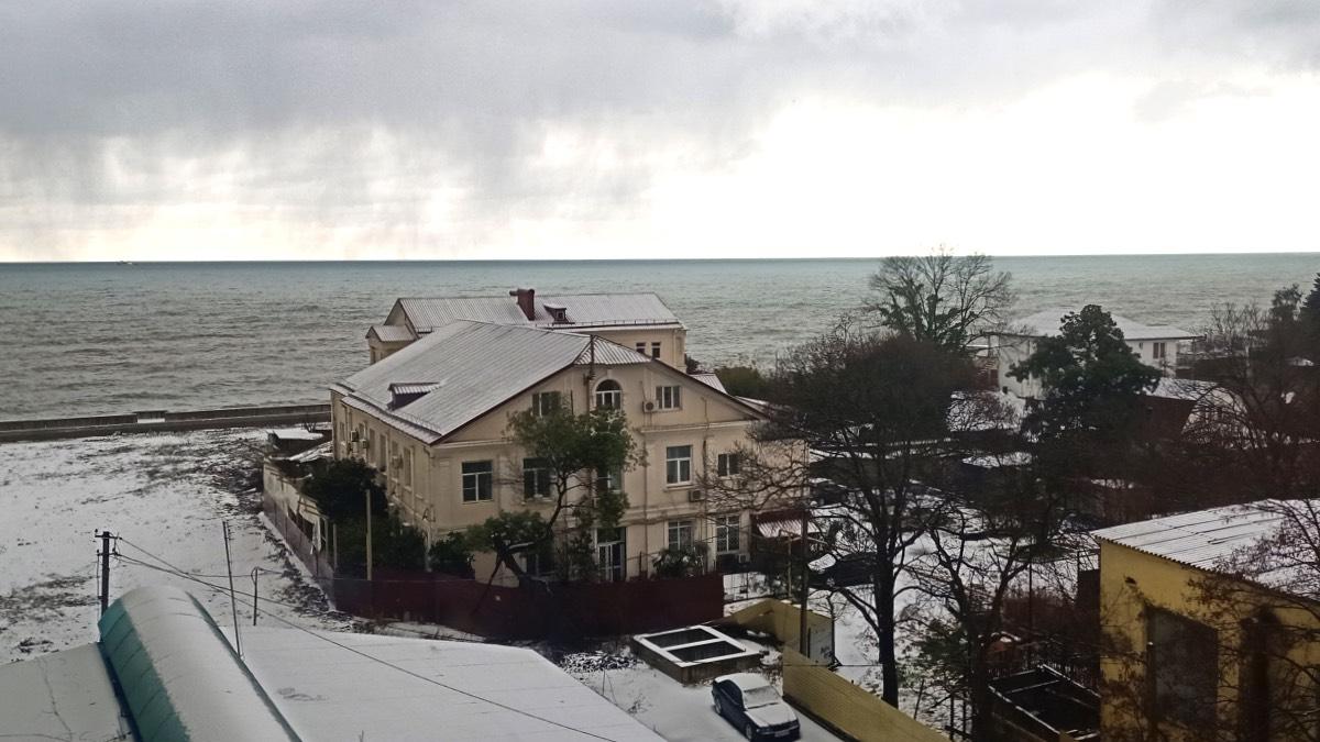 Снег в Адлере 19 января 2021 года
