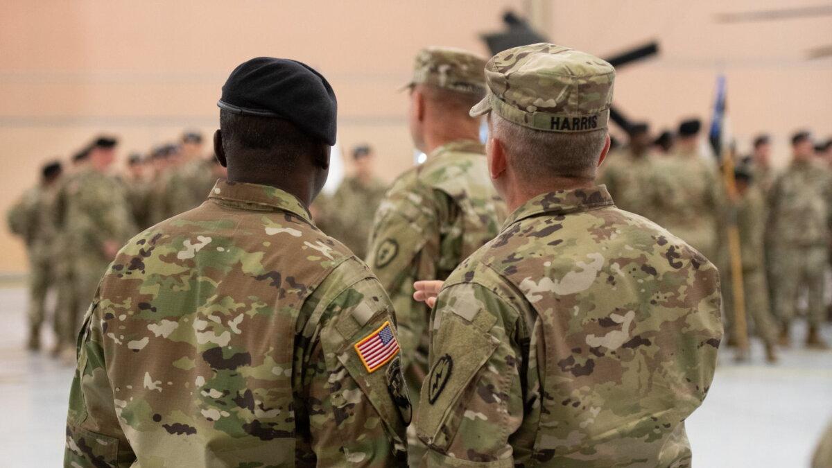 США солдаты армия ангар