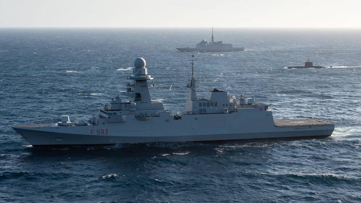 НАТО военные корабли подводная лодка учения