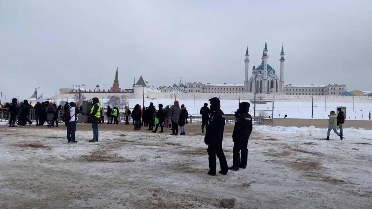 Согласованный митинг оппозиции в Казани