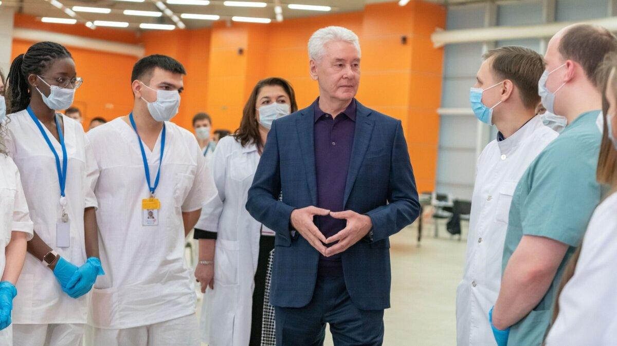 Собянин заявил о преодолении самого страшного этапа пандемии в Москве