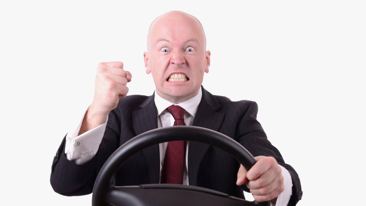 Автомобиль в пробке водитель стресс гнев