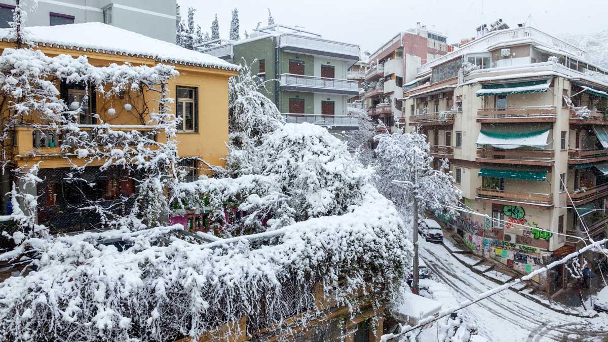 Греция снегопад зима