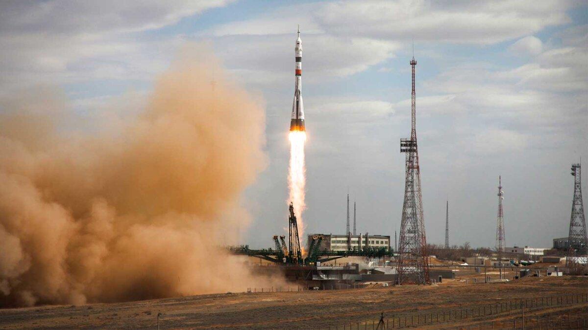 Корабль Союз МС-16 ракета роскосмос