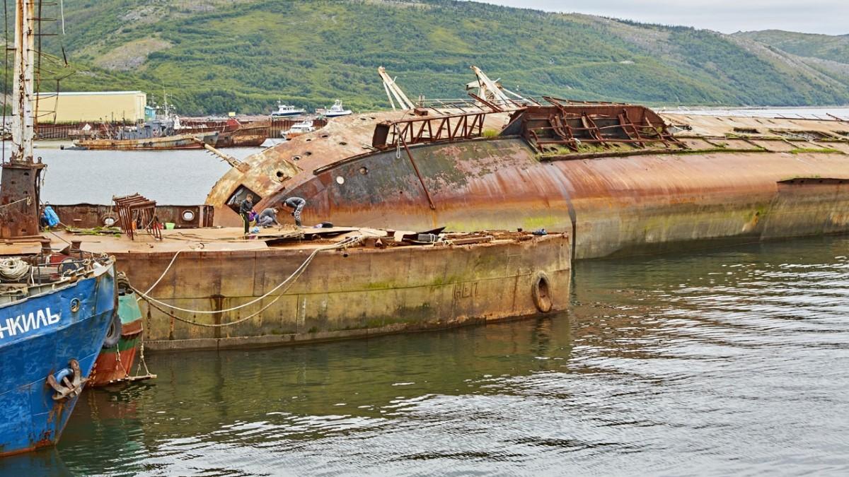 Бухта Нагаева Магадан затопленная плавмастерская