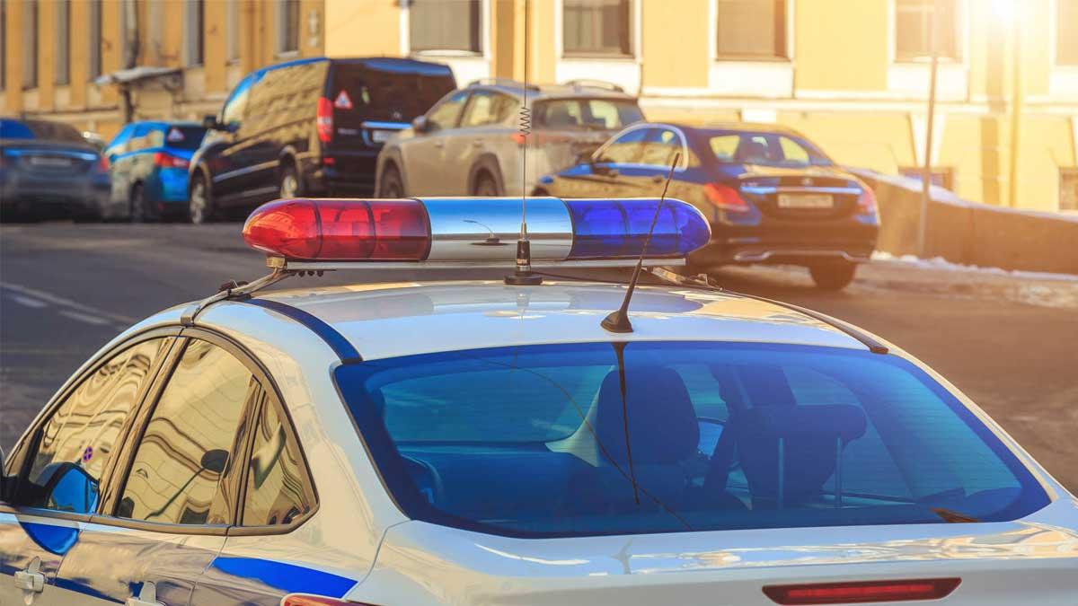 Сирена мигалка машина полиция
