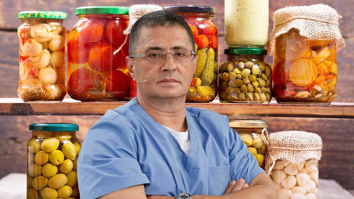 Врач и телеведущий Александр Мясников домашние консервы соления